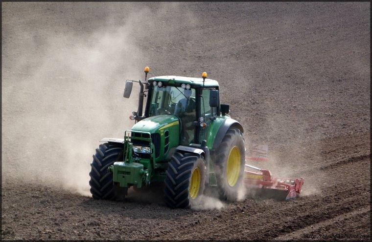 preparation des terre a maïs 2012!