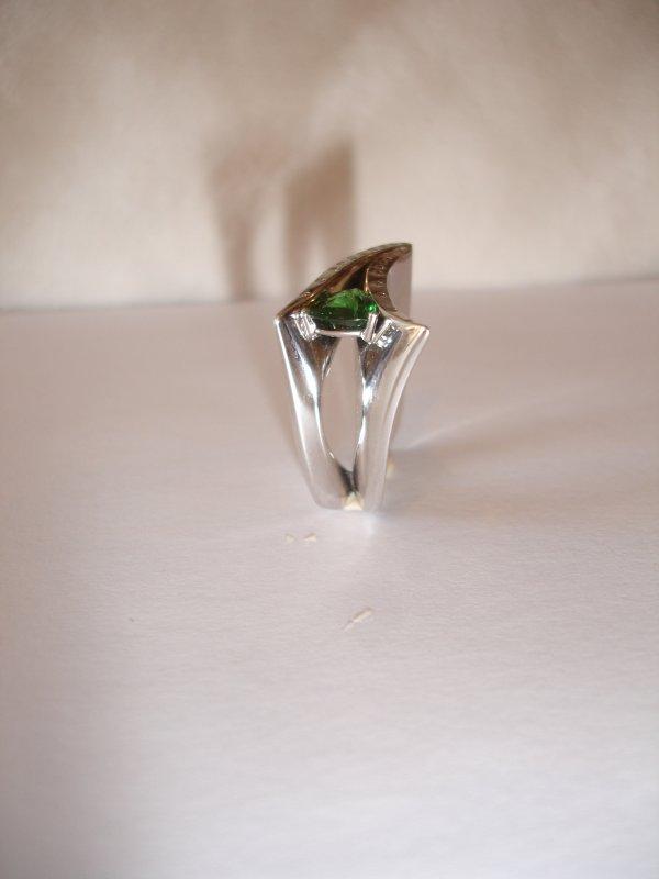 Bague tsavorite/diamants