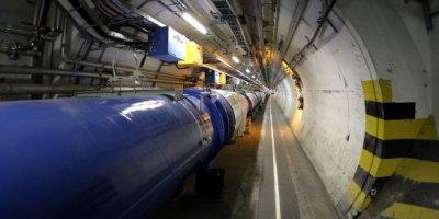 Financement au ralenti pour l'accélérateur de particules