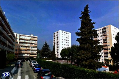 NICE // St-Laurent du Var // Cité des Pugets