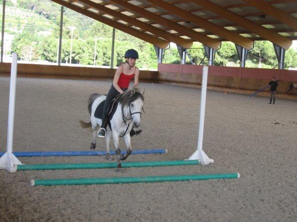 Jeudi 07 juin 2012 , J'ai monté rigolo'oh en saut ^^