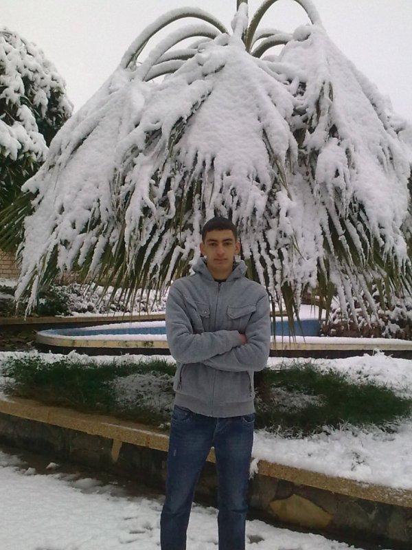 j aim  le neige,,,,,,,,,,,,,,,,et vous