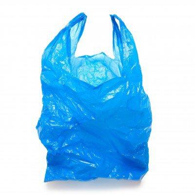 Les sacs en plastiques de fruits et de legumes