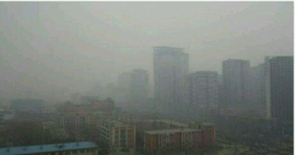 Pollution de l'air: l'Etat et la Région renforcent leurs actions en vallée de l'Arve