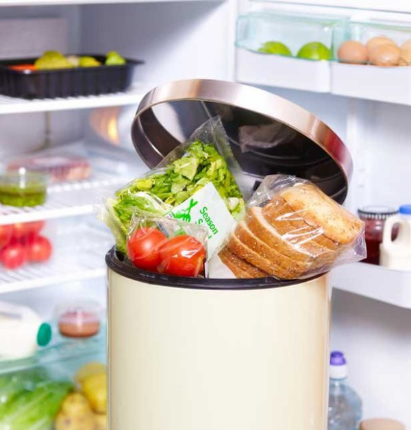 le combat des associations et des entreprises contre le gaspillage alimentaire
