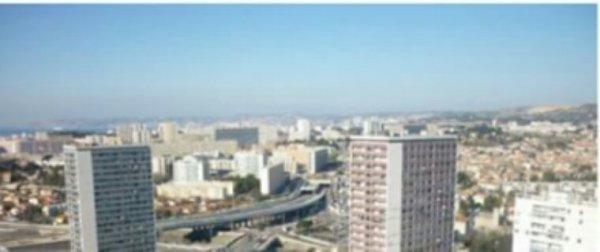 Une centrale photovoltaïque va alimenter un quartier de Marseille