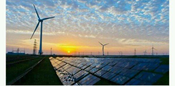 Energies renouvelables: la filière réclame une accélération au gouvernement