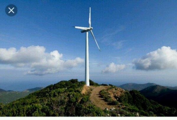 Éolien: des premières mesures début 2018 pour simplifier les règles