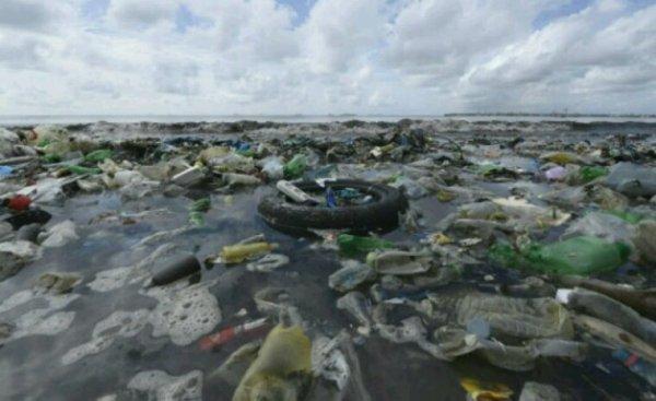 Le continent de plastique est bien plus grand qu'on ne le croyait