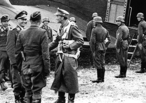 1- Vidkun Quisling et premières approches allemandes.