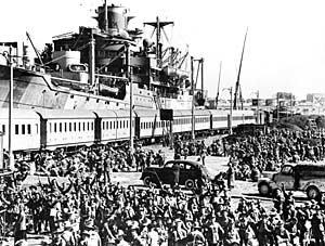 2- L'aide britannique et les tractations diplomatiques.
