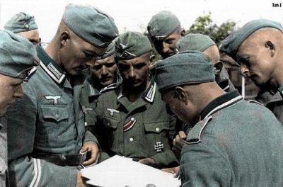 6- L'Allemagne se prépare à la guerre contre l'URSS .