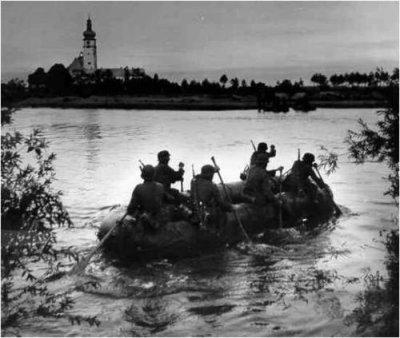 16- Opération Barbarossa : du 22 juin 1941 au 5 décembre 1941 . L'Ouragan souffle à l'Est.