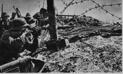 17 / 4 Les forts de Brest - Litovsk.