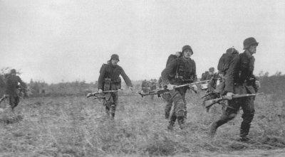 22 / 5 - La Directive no 34 + Victoire Soviétique à Ielnia . Août - septembre 1941