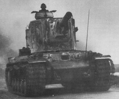 - Le char super lourd KV-2 cauchmard no2 des Panzers.