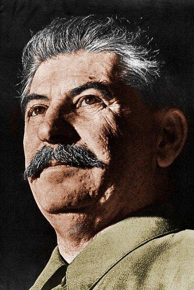 34 - Le maître du Kremlin et de l'empire Soviétique Staline.