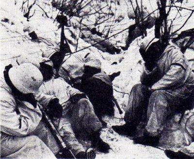 42 - La Blitzkrieg meurt devant Moscou , la Wehrmacht n'est pas invincible fin d'un myte .