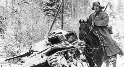51 / 5 - la percée Soviétique sur la Moskova le 11 décembre 1941, la campagne de l'Est vire au cauchemard.