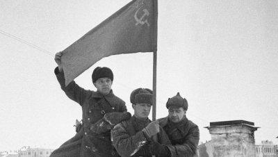 51 / 6 - La percée Héroïque du général L.M.Dovator et du 2e Corps de cavalerie Cosaques de la Garde.