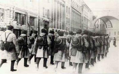 51 / 9 - Tempête au sud du lac Ilmen. Les troupes d'élites de Staline bouscule la Wehrmacht , objectif Vitebsk. 7 janvier 1942 21h00.