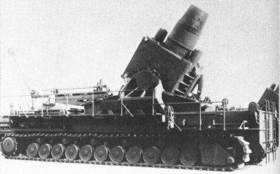 61 - Les autres monstres de l'artillerie allemande utilisés contre Sébastopol, mai 1942. Le mortier Karl. 615 mm.