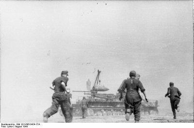 61 / 2 - Photos chargement du mortier Karl.