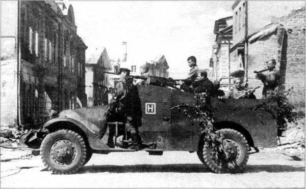 105 - La grande débâcle 1 La libération de la Moldavie Soviétique , цель Румынии ( objectif Roumanie ) . 20 août 1944 au 24 septembre 1944