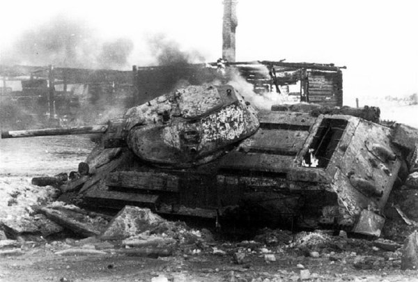 120  La Grande Débâcle 11. De la Vistule à l'Oder , La fulgurante campagne de Pologne , ( 4e Partie ) Opérations militaires en Basse et Haute Silésie du 1er Février au 30 Mars  , la dernière victoire Allemande à Lauban du 1er au 8 mars 1945.