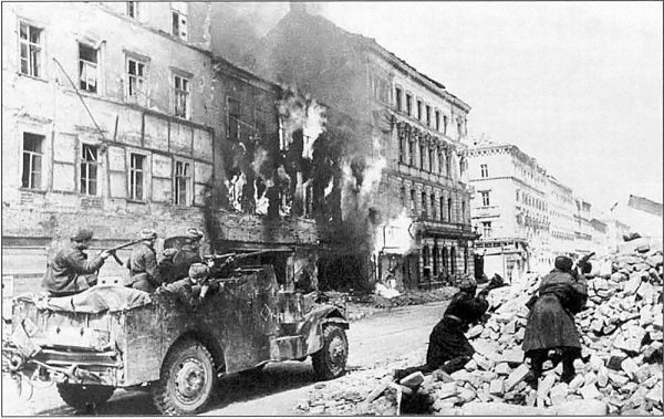 144 - Dans l'Enfer de Berlin 4 - Lundi 23 Avril 1945.