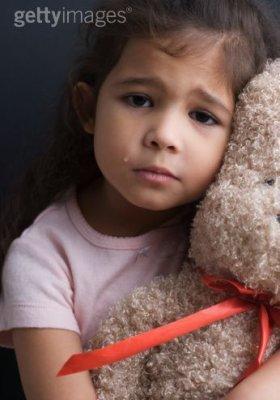 Sarah, 3 ans battue pas son père