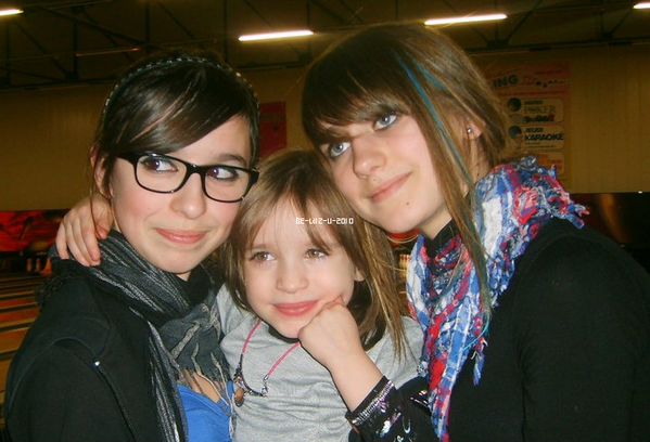 22/01/11 : Devi & Malvyna & Baby Girls théa au Bowling      -    Skyrock ___Myspace ___ Facebook  __ Youtube  __ Newletters__ Article Présentation