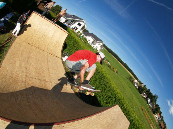 I Skate... What else ?