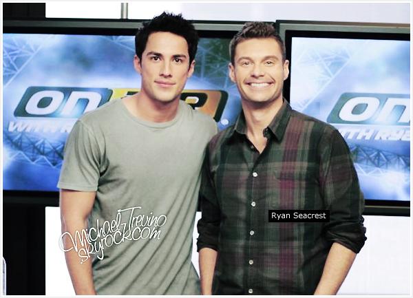 10/10/11 - Michael était présent à la très célèbre émission de radio américaine « On air with Ryan Seacrest ».