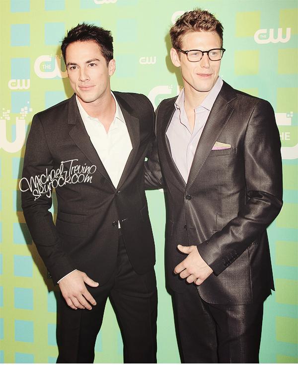"""17/05/12 : Michael était présent à l'évènement """"The CW Network's 2012 Upfront"""" ! Une bonne partie du cast de TVD dont Ian Somerhalder, Nina Dobrev et Paul Wesley étaient également présents à NY pour y assister."""