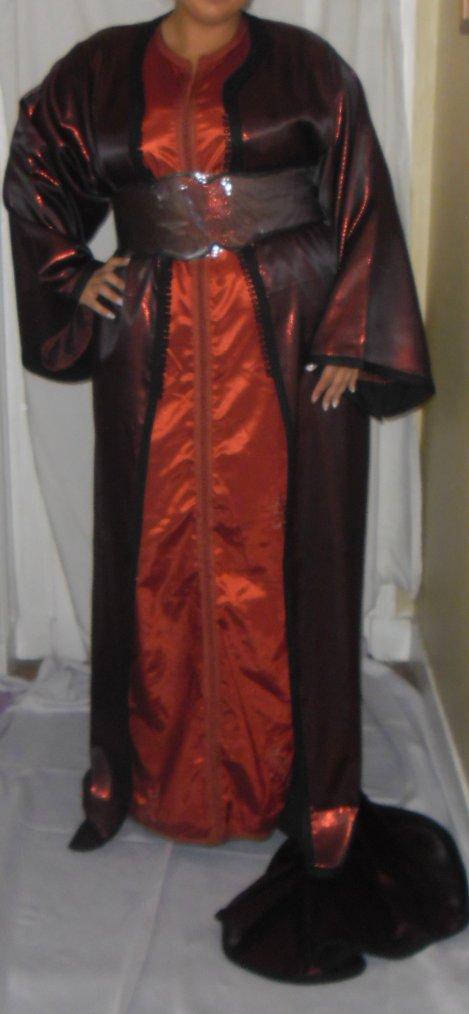 Caftan Noir & Rouge