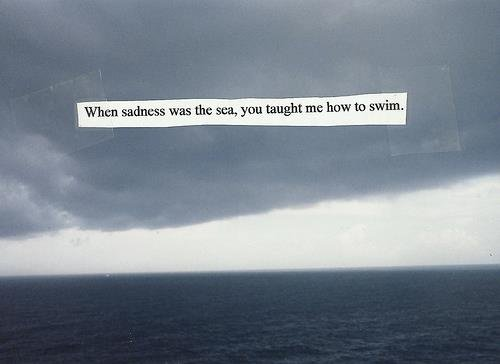 Parfois j'ai peur d'être heureuse, parce qu'à chaque fois que je le suis, les choses tournent mal. [Concours SilverLinning]