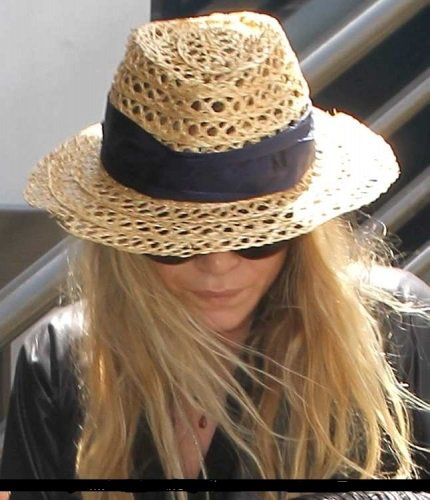 Mary-Kate Olsen , Mai 2012