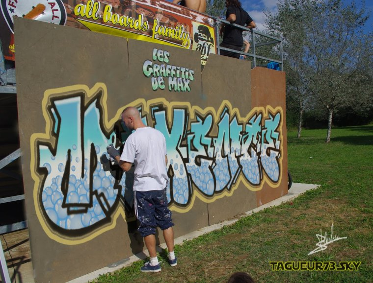 Graffiti pr nom maxence bienvenue dans mon univers - Tag prenom gratuit ...