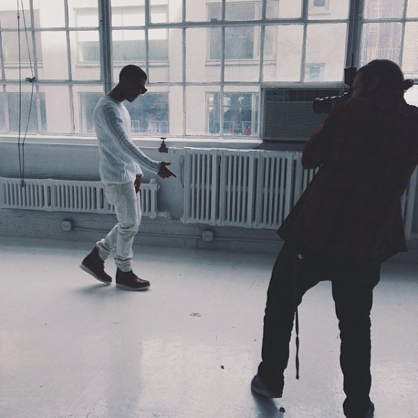 26 Mars 2014: Diggy faisait un photoshoot pour son nouvel album