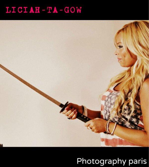 Chui Gentille avec une épée