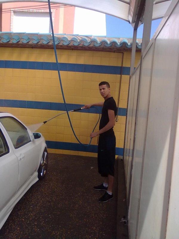 ----------------------------------- lavando el Golfito en Los alcazres---------------------------