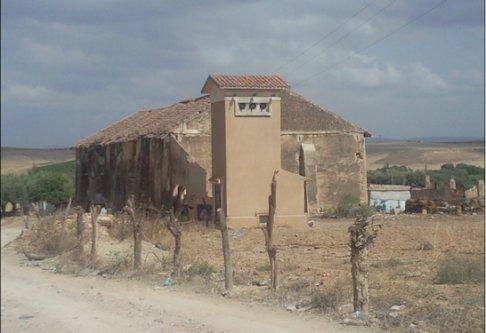 SIDI BRAHIM : Les vestiges du moulin  de Sidi Brahim