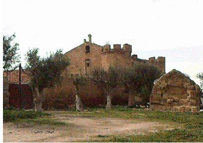 Mise à jour de l'histoire du château ruiné de Sidi Brahim.