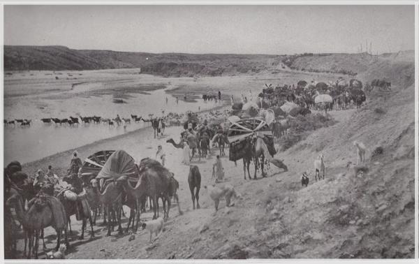 Une photo qui montre L'exode des Tribus .