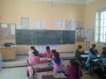 M'hadid : une école bien entretenue et encore fonctionnelle depuis 1901.