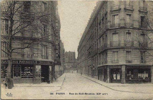 A Paris : une rue qui porte le nom Sidi Brahim.