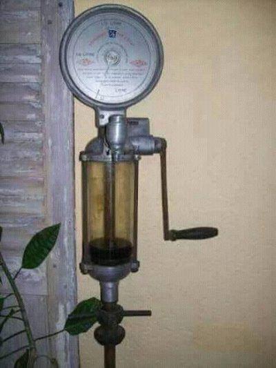 Souvenirs : La pompe à l'huile .  Par Mohamed Moulay.