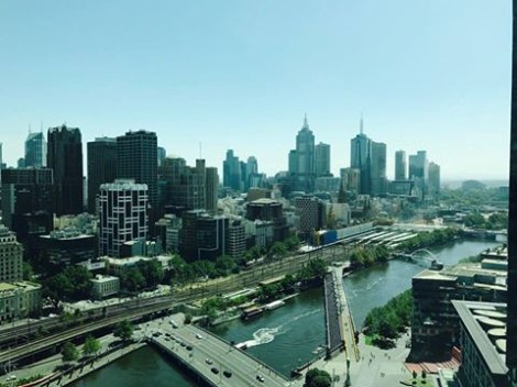 Melbourne / 1