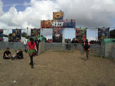 HELLFEST OPEN AIR 2011 metal forever!! cette année sous la pluie mais dans la bonne humeur!